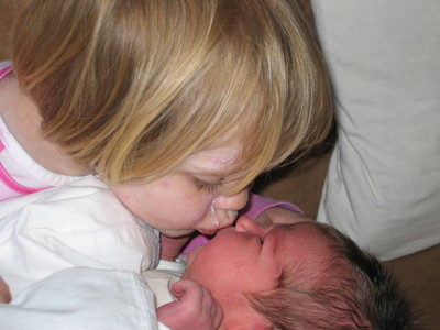 Kamille kissing Naja